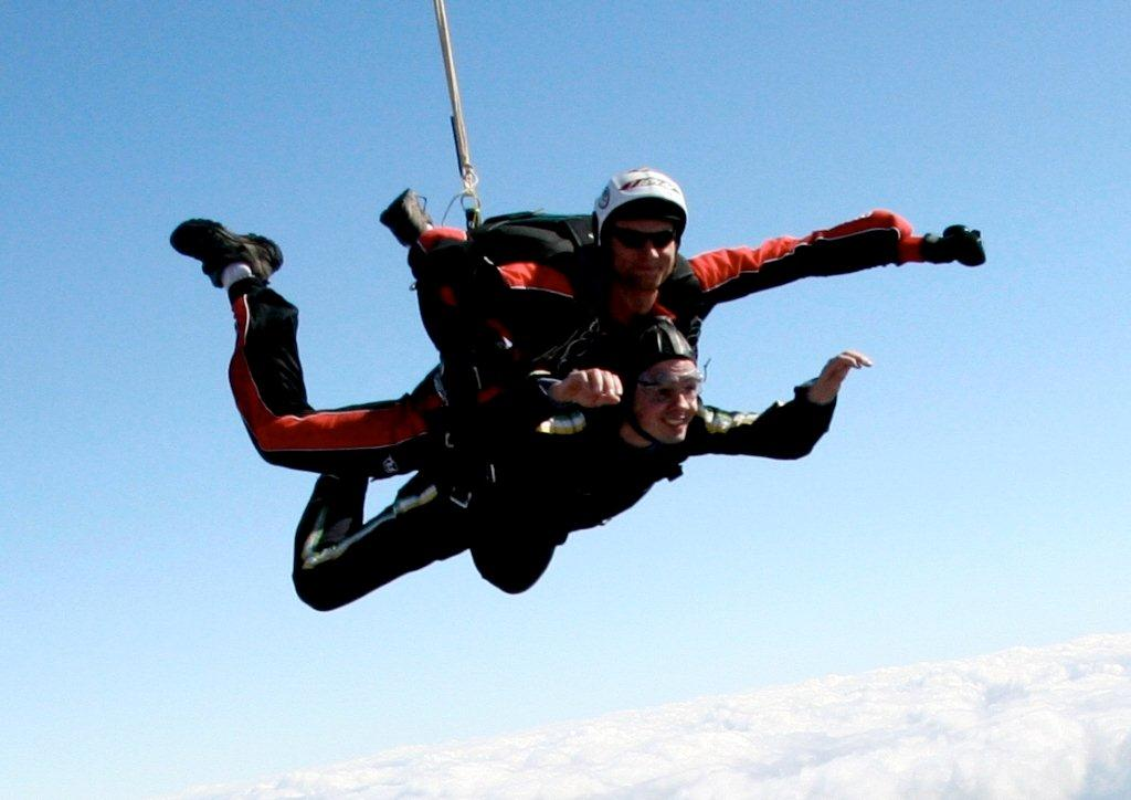 Paul Nicol Tandem Skydiving