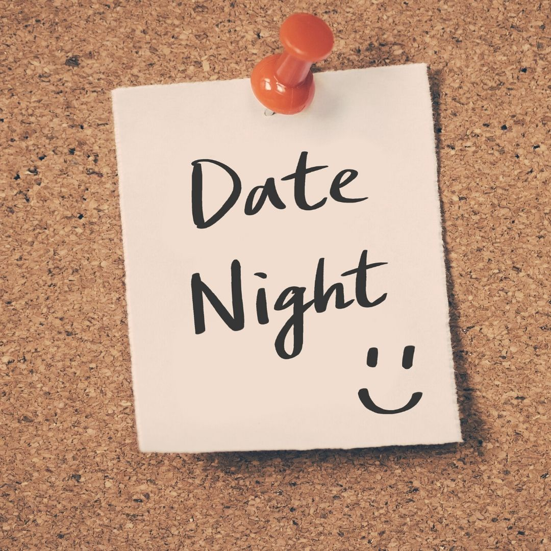 A Post-It note with Date Night written on it
